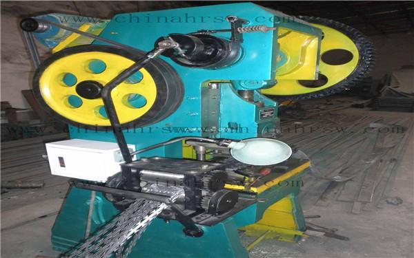 刀片刺绳生产设备
