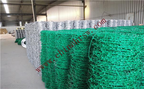 包塑刺绳和镀锌刺绳对比