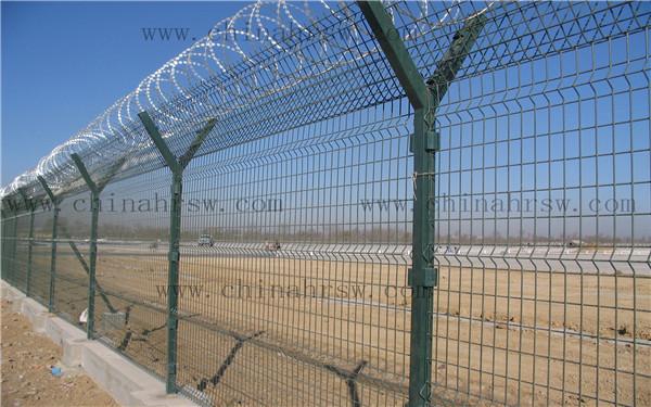 机场护栏安装实拍图