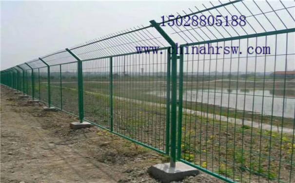 监狱围栏边框规格