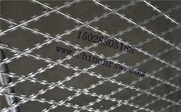监狱护栏网细节