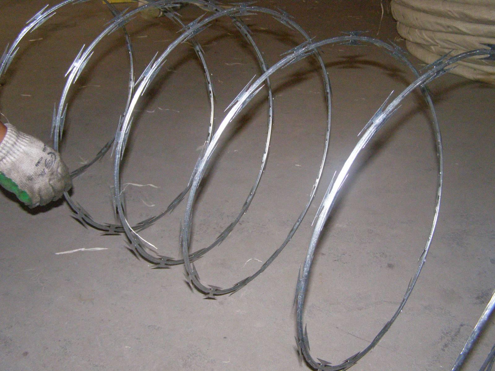 单螺旋刀片刺绳