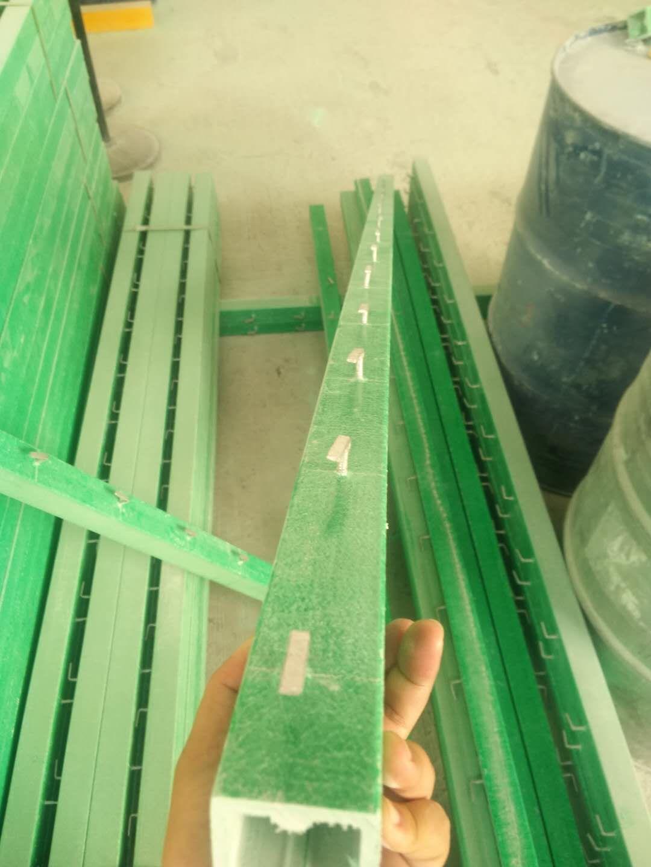 玻璃钢立柱
