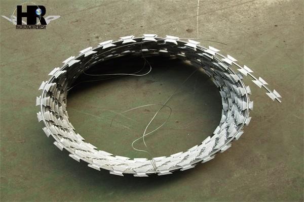 选择包塑刀片刺绳